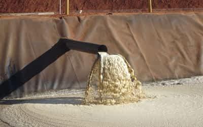 Saiba mais sobre reservatórios de geomembrana para tratamento de esgoto.